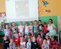 Dzień piżamy- przedszkolaki POMAGAJĄ!